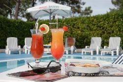 piscine @ hotel du golf lacanau